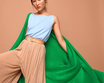 cape, green, SABRINA WEIGT, blanket coat, knitwear, oversized, oversized knit jacke, knit,knit jacket,knit cardigan, knit coat, green coat,