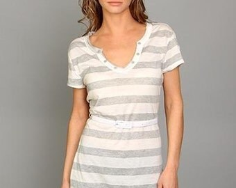 Gray White Striped V Neck W/ Buttons Belted Tunic Top