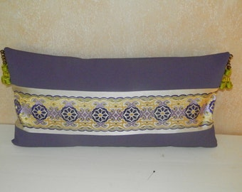 Cushion canvas coated and fabric embroidered