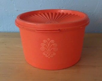 FREE SHIPPING Tupperware Orange Filigree Canister, Servalier, Made in USA
