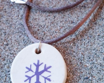 Necklace pattern snowflake ceramic