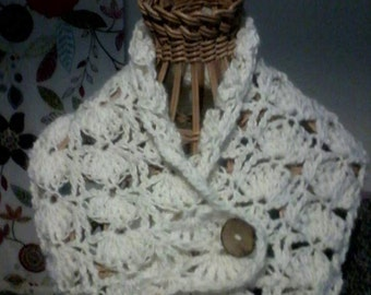 Pure Merino hand crochet cowl