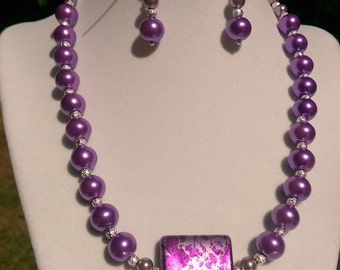 Purple glass pearls set