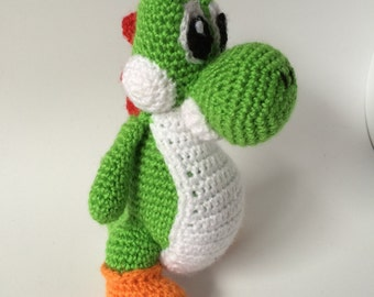 "Yoshi Crochet Yarn Amigurumi 20 cm tall (7 3/4"") - Mario Bros Handmade - Cute Handmade Yoshi Doll - Yoshi's Woolly World"
