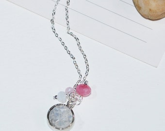 Amelie Charm Necklace Pink