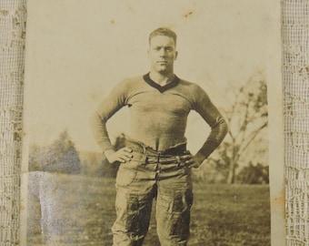 Photo Vintage Football Player