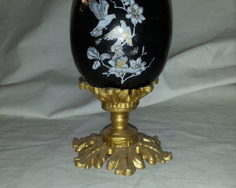 Large Egg with stand