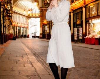 VINTAGE women's dress. grey colour. size 38-44. Made UK