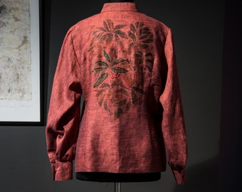 Women's blouse with a drawing of a rowan, red color