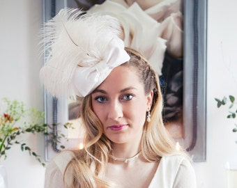 Bridal White felt pillbox hat with oistrich feathers and silk bow - such a beauty