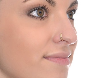 Gold Nose Ring 18g / Cartilage Earring, Helix Piercing, Septum Ring / Tragus Earring, Nose Hoop, Daith Piercing