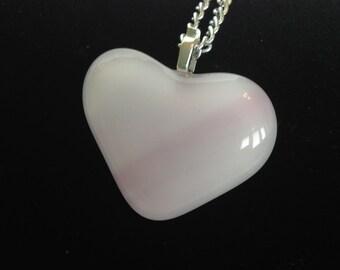 Glass Heart Necklace//Glass Necklace//Heart Necklace//Pink Heart Necklace//Love Necklace//Valentine Necklace