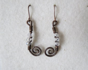 Curl and transparency ... handmade copper earrings