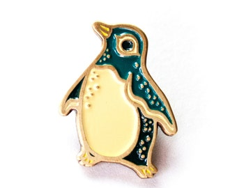 Enamel Pin PENGUIN PIN - Animal Pins, Enamel Brooch, Penguin Gift, Soft Enamel Pin, Kawaii Accessories, Pins for Jackets, Enamel Lapel Pin