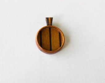 Fine finished hardwood pendant blank - Mahogany and Walnut - 25.5 mm - Wooden Bail - (Z25-MW)