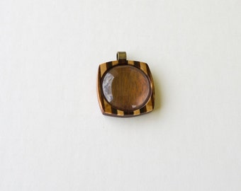 Fine finished marquetry hardwood pendant blank - Mahogany and Walnut - 30 mm - Brass bail - (F23-MW)