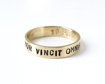 Ladies Amor Vincit Omnia 14k yellow gold stamped ring