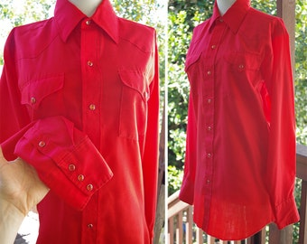 RED Snap 1970's 80's Vintage Men's Bright Red Western Cowboy Shirt w/ Pearl Snaps // Size Small Medium // Chest 38 40