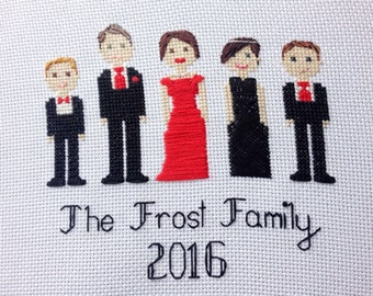 custom modern family portrait cross stitch pattern ++ made to order ++ family of five ++ PDF diy pattern ++ embroidery ++ handmade