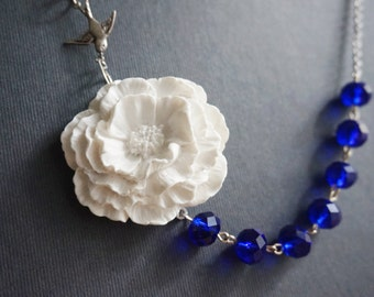 Statement Necklace Flower Necklace Poppy Necklace White Necklace Cobalt Blue Navy Blue Navy Necklace Bridesmaid Jewelry Bridesmaid Gift