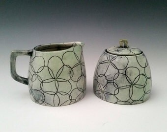 In Stock:Ceramic Creamer and Sugar Set Handmade Porcelain Cream and Sugar, Modern Black and White Pottery