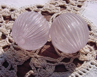 Grey Lilac Glow Fluted Vintage Lucite Beads