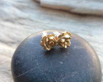 Gold Rose Vintage Earrings, Vintage Flower Studs