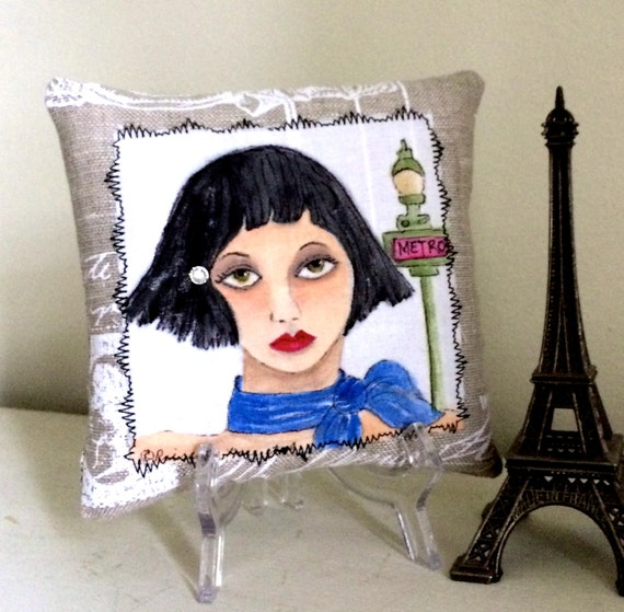 SMALL Le FRENCH KISS pillow, hand painted pillow, Paris, linen, eiffel tower, French quote, Paris love, certificate of authenticity