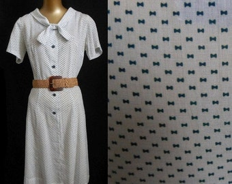 JULY SALE Vintage 50s Day Dress, 1950s Novelty Print Sailor Collar Shirt Dress, Navy Blue Bows Dotted Swiss, Size M