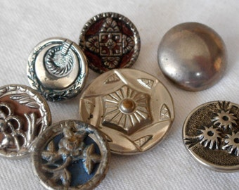 Lot of 7 VINTAGE Variety Silver Metal BUTTONS   S7