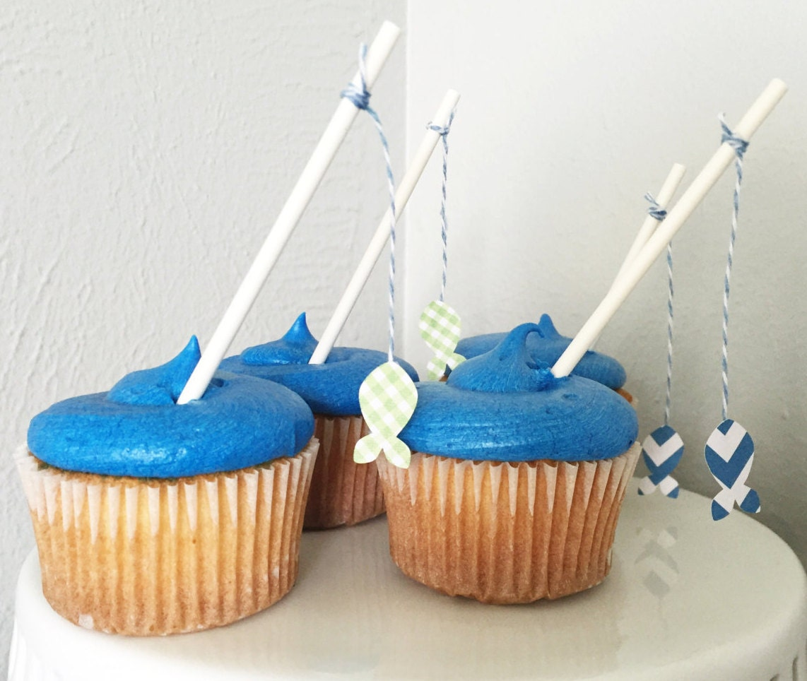 Fishing pole cupcake toppers for Fishing cake decorations