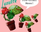 PRE-ORDER! - New Audrey II Venus Flytrap novelty brooch sparkling vintage inspired confetti lucite Little Shop of Horrors brooch by Luxulite