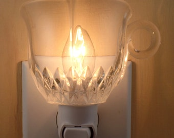 Clear Glass With Diamond Pattern Scalloped Rim & Unusual Handle Small Punch  Cup Night Light
