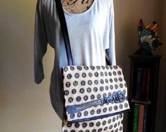 Purse...Shoulder Bag...Crossbody Bag... Messenger Bag...Handbag...Laptop/Tablet Case...Fashion Statement...Wearable Art
