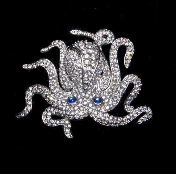 Vintage SWAROVSKI Rhinestone OCTOPUS Pin BROOCH Retired Silver Large Old Crystal Jewelry Sea Life