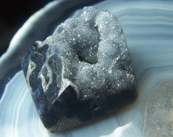 Mystic Merlinite cabochon - rare high end specimen stone cab - quartz feldspar orbs gray black white druzy boytroydial coyoterainbow A1WX