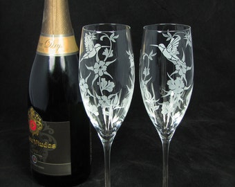 NEW 2 Hummingbird Wedding Champagne Flutes, Colorado Wedding Hummingbirds and Columbine Toasting Flutes for Couple