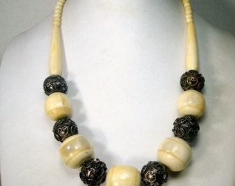 Tribal OxBone and Silver Bead Necklace, Chunky Classic Boho Beads, 1970s, Aged Cream Color