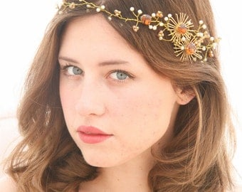 Wedding Hair Vine in Gold with Vintage Jewelry and Amber Stones Vintage Wedding Headpiece, Boho Beaded Headband, Beaded Tiara Bridal Crown