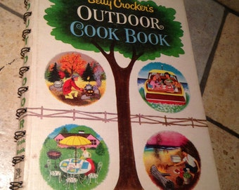 1961 Betty Crocker Outdoor Cook Book