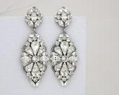 Crystal Bridal earrings, Statement Wedding earrings, Bridal jewelry, Swarovski crystal earrings, Chandelier earrings, Vintage style earrings