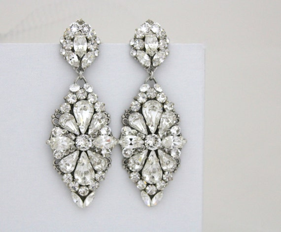 Wedding earrings crystal bridal earrings rhinestone chandelier wedding earrings crystal bridal earrings rhinestone chandelier earrings statement bridal earrings vintage aloadofball Image collections