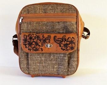 Vintage Travel Shoulder Bag with handpainted flowers / Vintage Travel / Honeymoon Gift / Vintage Luggage / Shoulder Bag / Over Night Bag