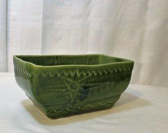 Mid Century Green Pottery Planter No. 208 USA, Star Design