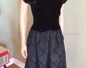 1950s Lovely R & K Original Black Velvet and Satin Party Dress-S