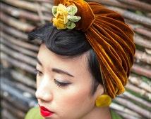 Vintage-style 1940s velvet turban with ribbon flowers