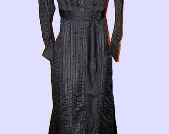 Vintage Victorian Dress - 1800s Victorian Antique SILK Dress with Dickie rare size med lg - on sale