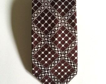 Vintage Neckties Men's 70's Wembley, Clip On Tie, Polyester, Brown, White, Geometric