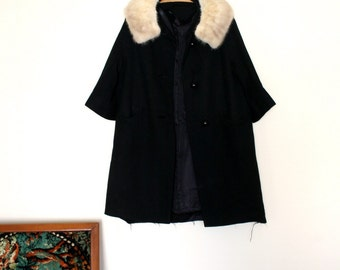 1960s Vintage Fur Collar Swing Coat