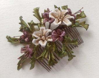 White blossom bridal comb
